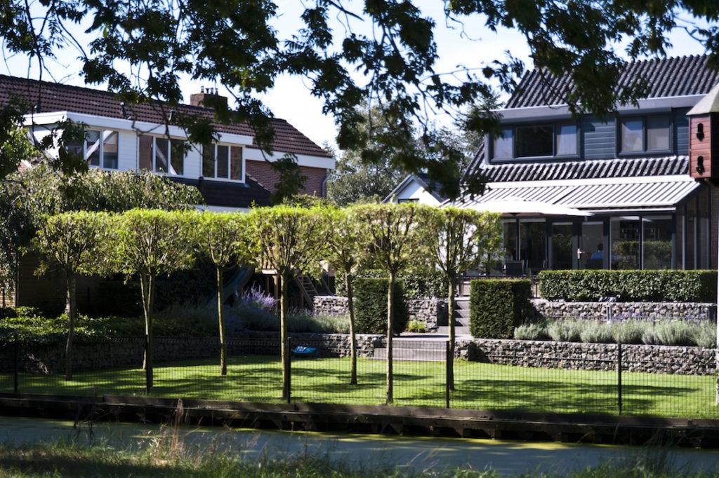 Extreem Tuin met hoogteverschillen in Genemuiden | Outlook Groenprojecten IX82