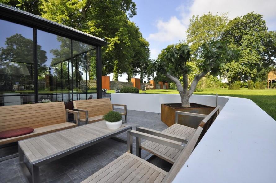 Tuinontwerp Outlook Groenprojecten stijlvolle tuin rondom Katerveerhuis in Zwolle - Outlook Groenprojecten