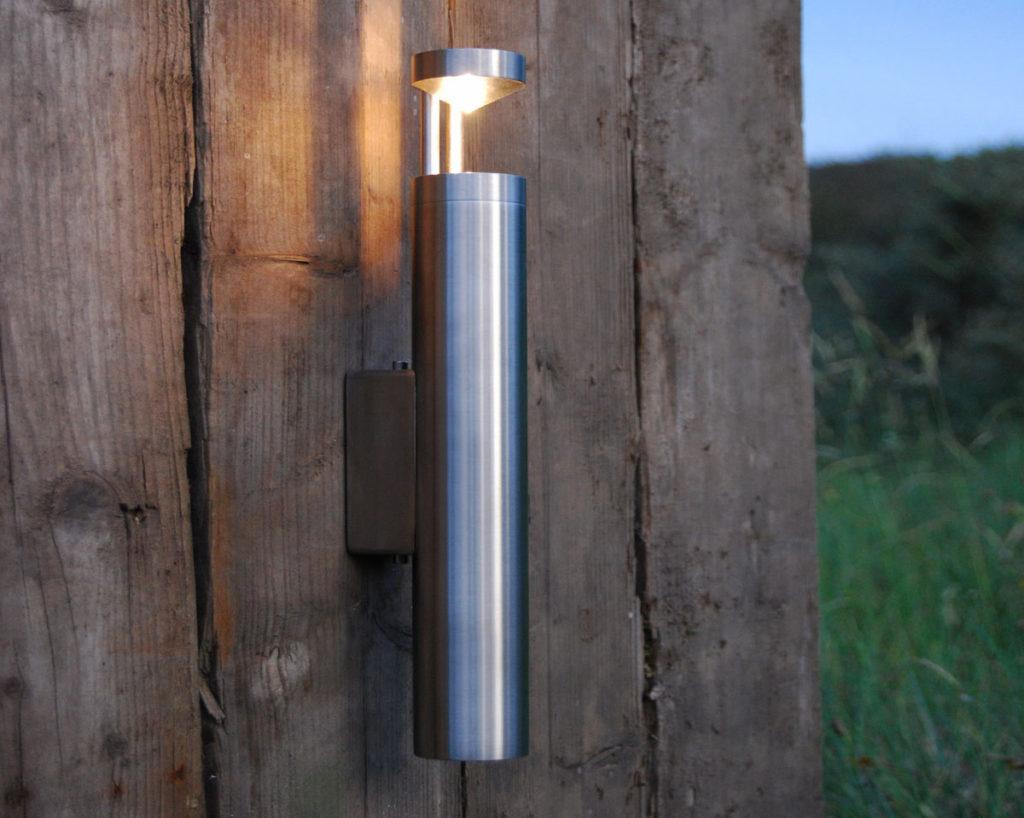 Tuinverlichting - torch wall strand - Outlook Groenprojecten