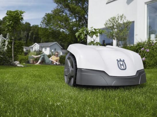 Tuin Luxe - Robotmaaier - Outlook Groenprojecten