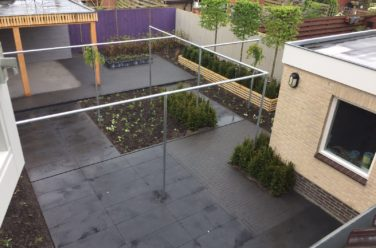 Moderne strakke tuin